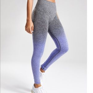 Ombré Seamless Legging & long sleeve crop top